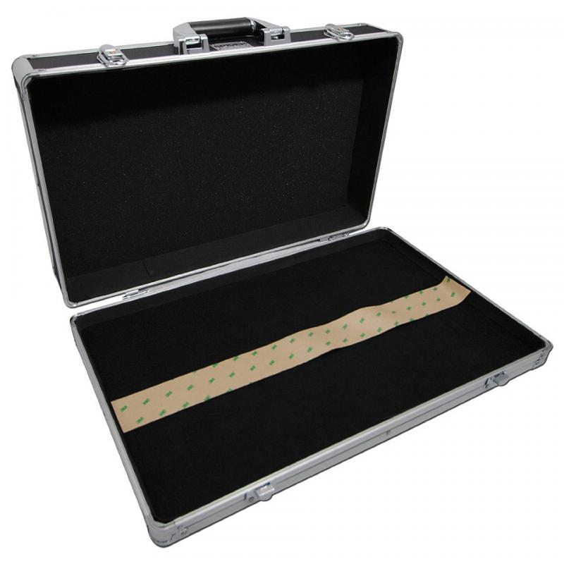 Visuel pedal board Stagg